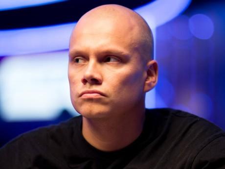 Maailmakuulus Soome pokkerimiljonär Ilari Sahamies tuleb Tallinnasse võistlema