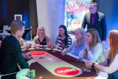 Coolbet lõbustab Eesti pokkerimängijaid lahedate EMV 2018 koefidega