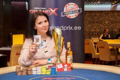 Erakordne stabiilsus: Carmen-Elina Kupri tuli Pärnu pokkerimeistriks!