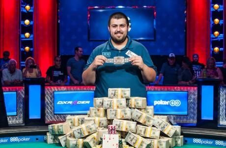 WSOP põhiturniiri võitis 25-aastane USA pokkeriproff Scott Blumstein